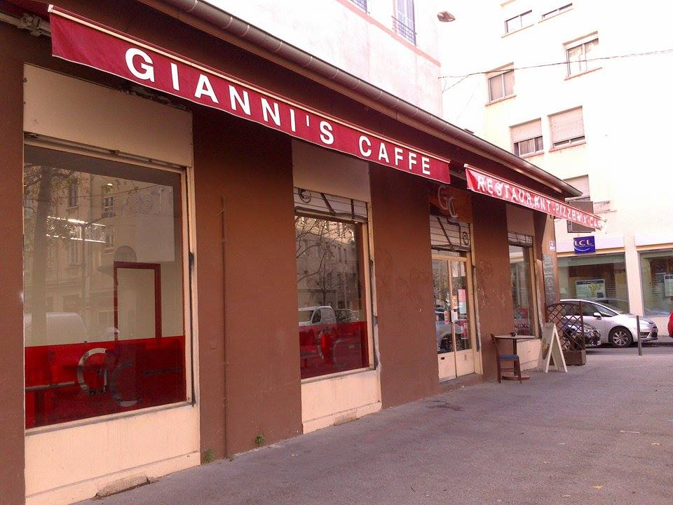 gianni's caffe 2